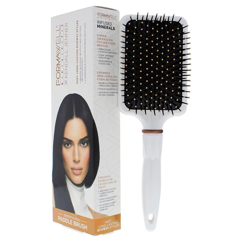 Kendall Jenner X Formawell Runway Series Smooth Pass Paddle Brush