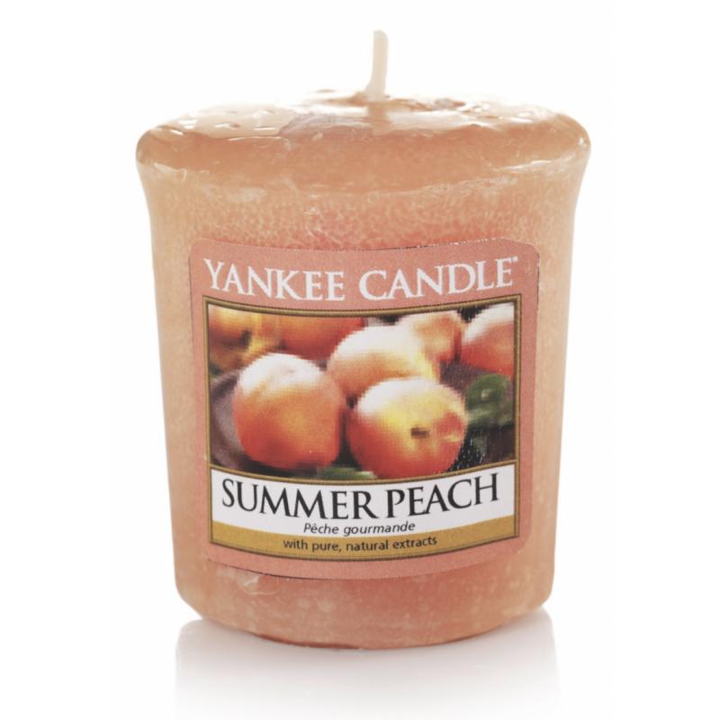 Yankee Candle  Classic Mini Summer Peach Candle