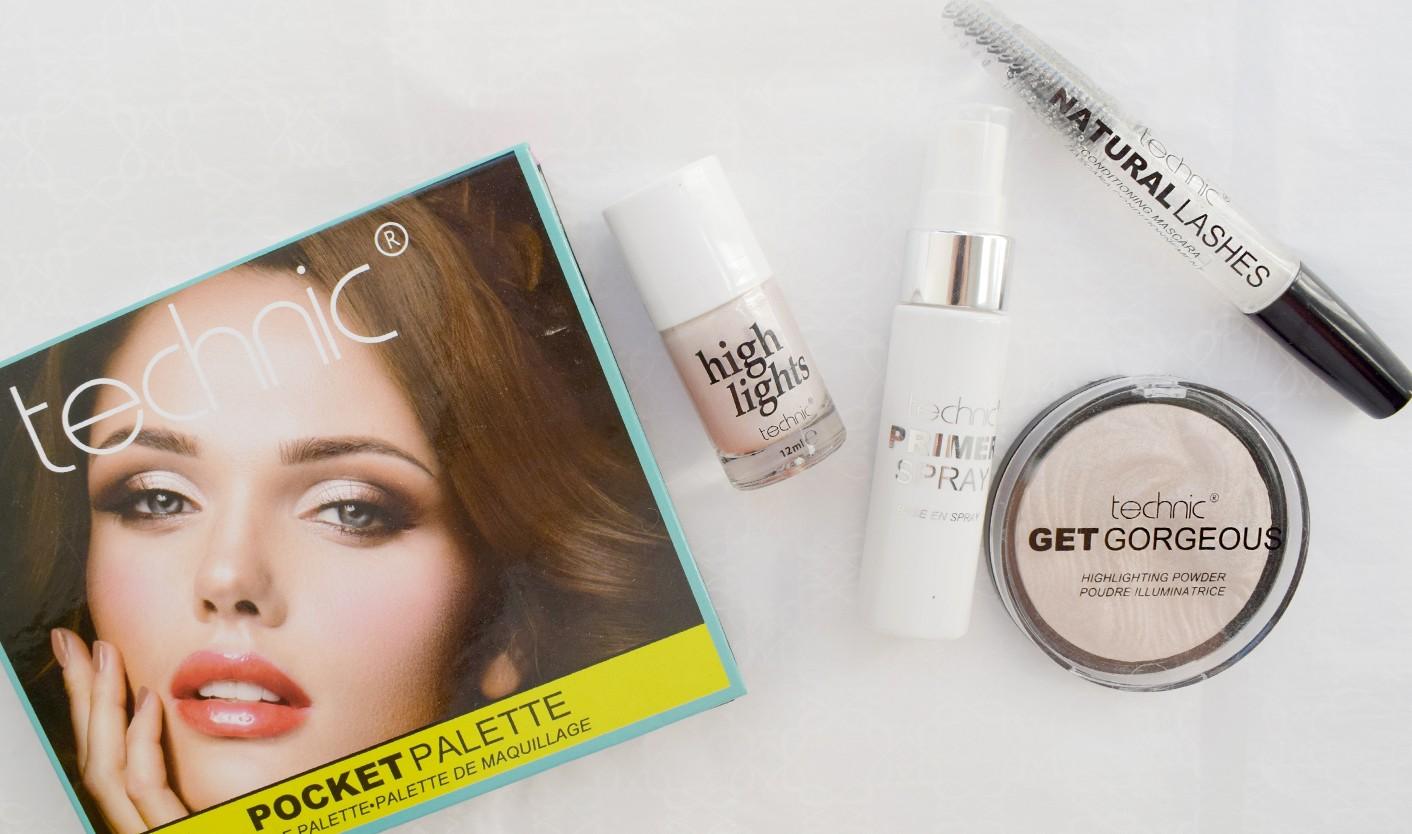 5b68dc7706e Denne samling af makeup produkter, giver dig mulighed for at skabe et  rigtig fint og naturligt sommerlook, med masser af glød og lækker  highlighting!