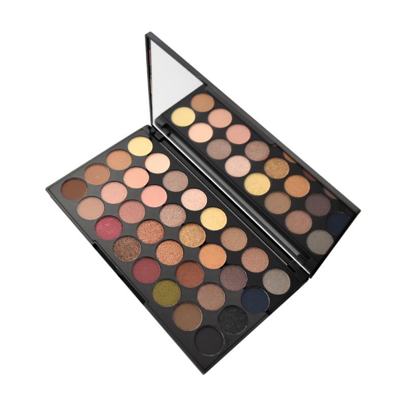 revolution makeup ultra eyeshadow palette flawless 32 stk. Black Bedroom Furniture Sets. Home Design Ideas