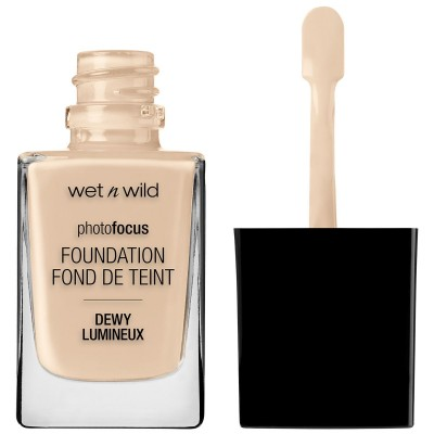 Wet 'n Wild Photo Focus Dewy Foundation Soft Ivory 30 ml