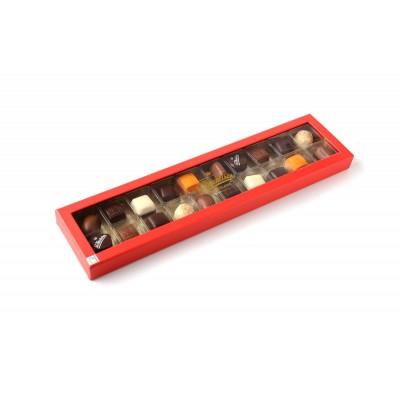 Sv. Michelsen täytetyt suklaakonvehdit juhlapakkauksessa 200 g